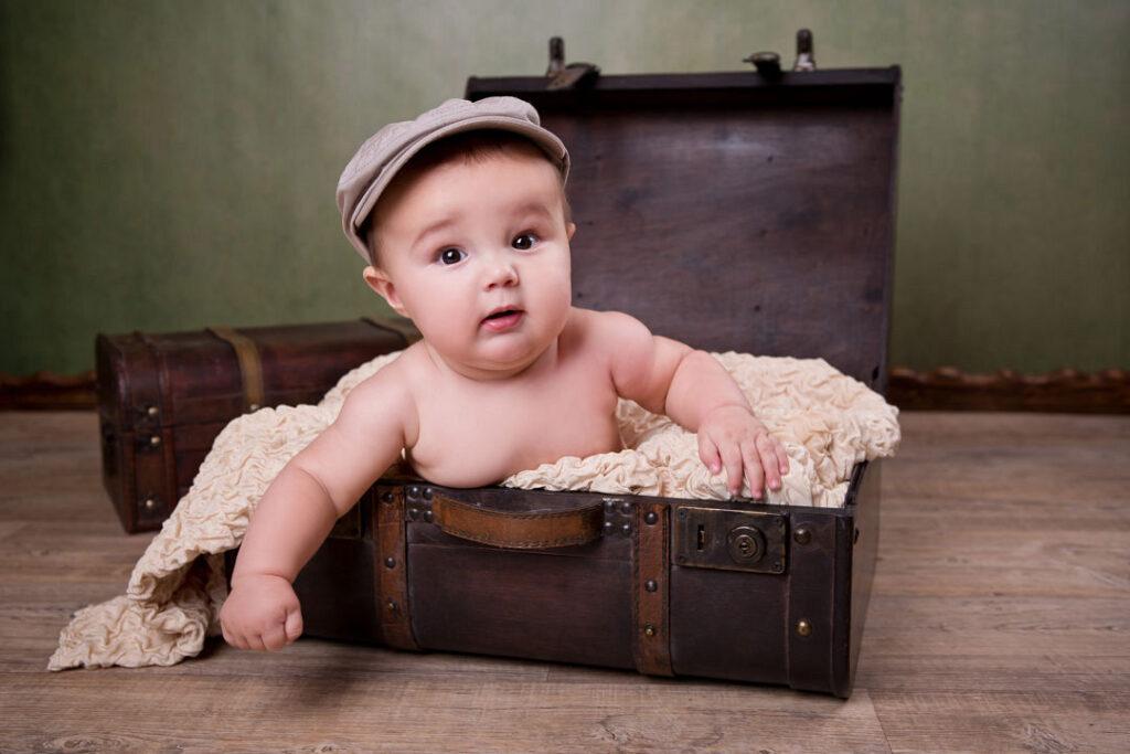 bebe dans une valise balaruc