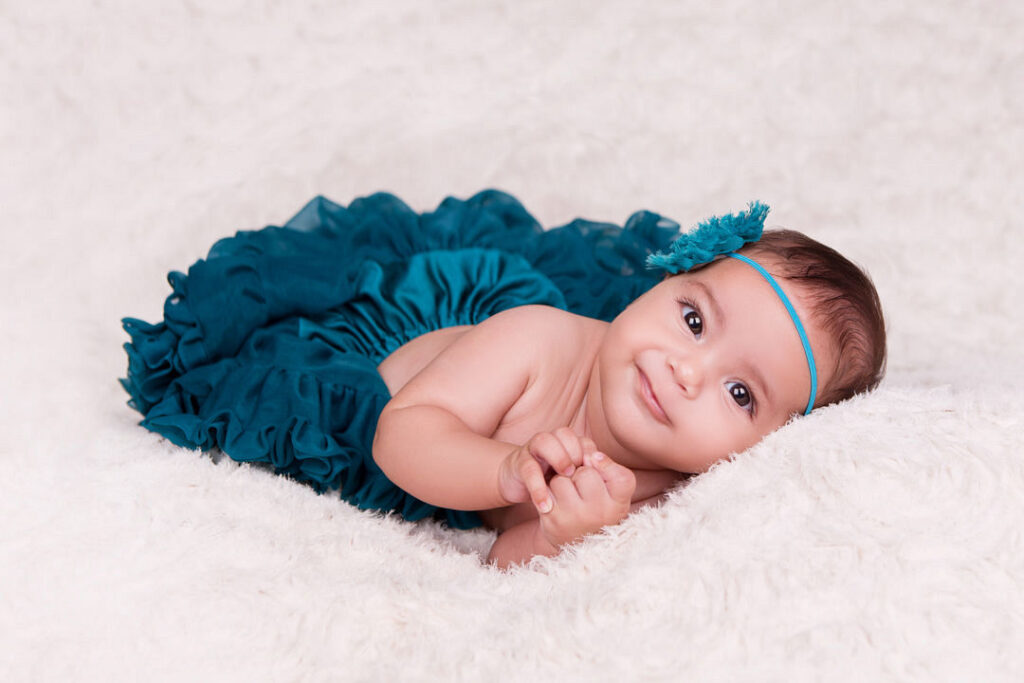 petite fille tutu bleu marseillan