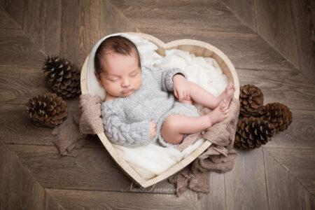 seance photo bebe de nissan les enserunes realise en studio par nada ivanova