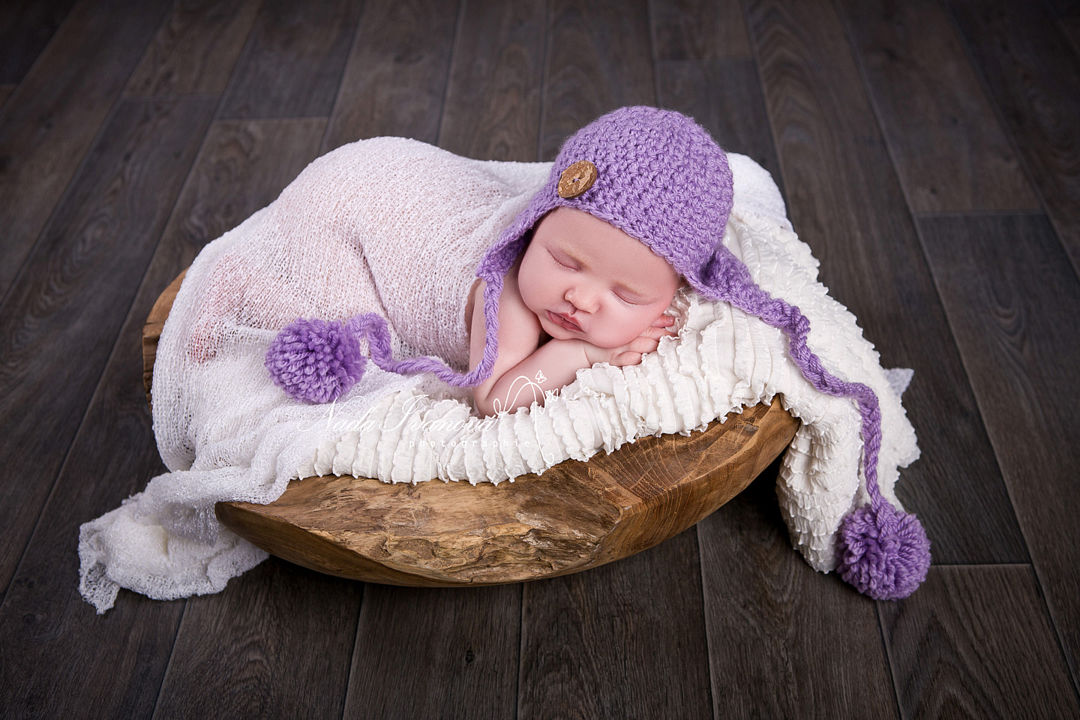 photographe bebe beziers bonnets violet plat en teck