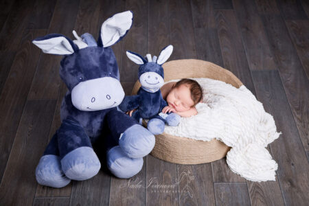 photographe bebe montpellier dormir avec ma peluche